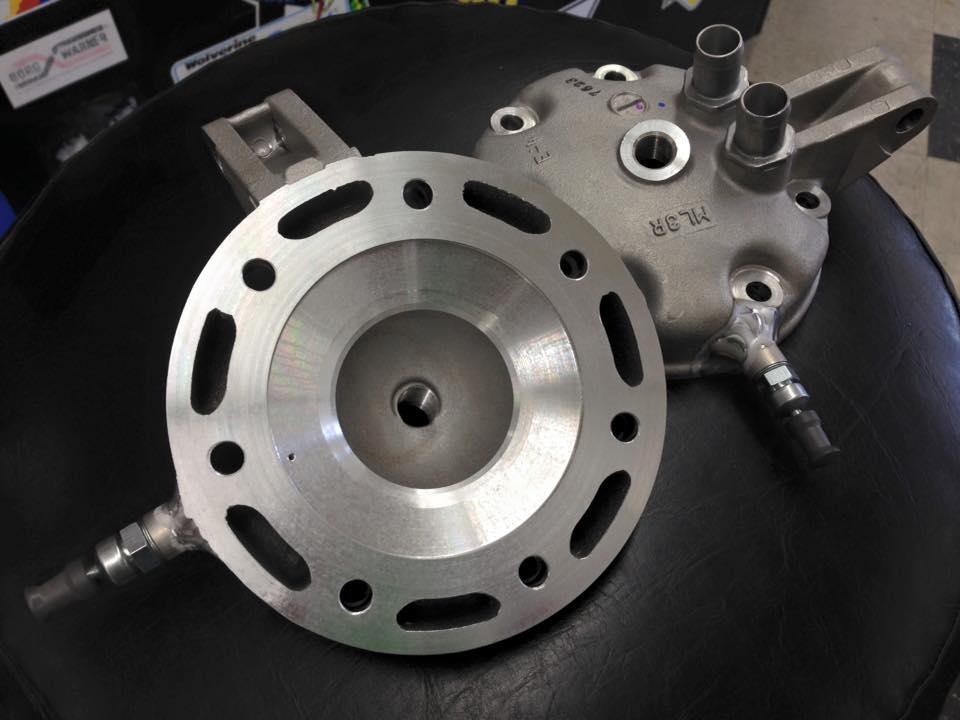 Decompression valve for CR500